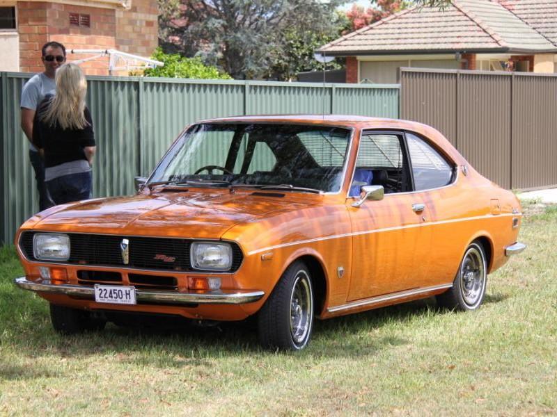 Mazda Capella Coupe вид спереди