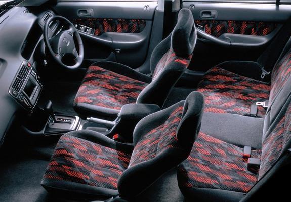 Салон универсала Honda Orthia