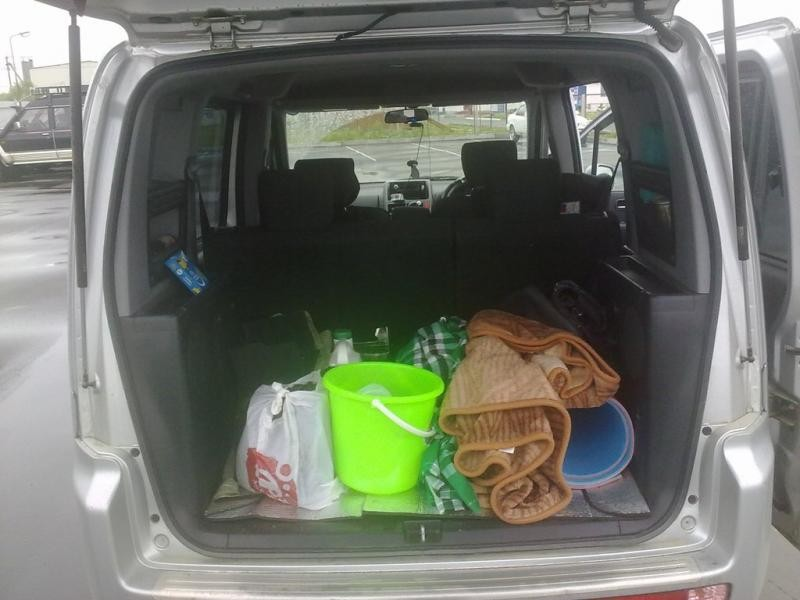 Honda Mobilio Spike, багажник