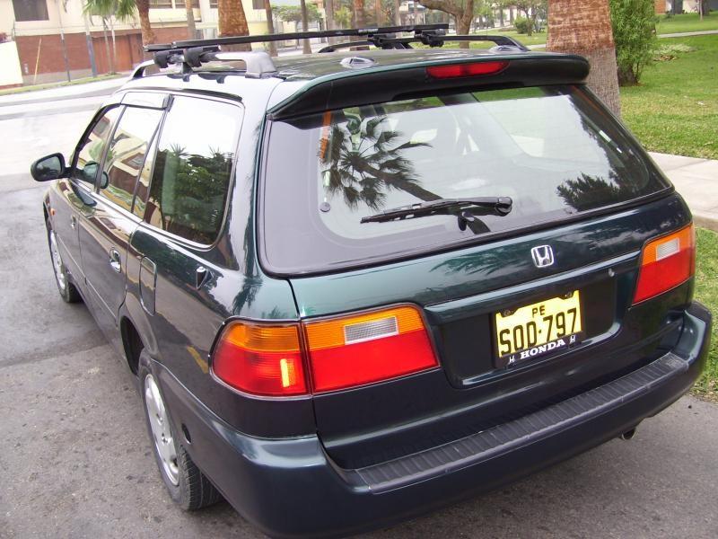 Honda Orthia, универсал, вид сзади