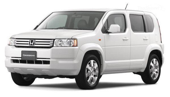 Белый Honda Crossroad, вид спереди