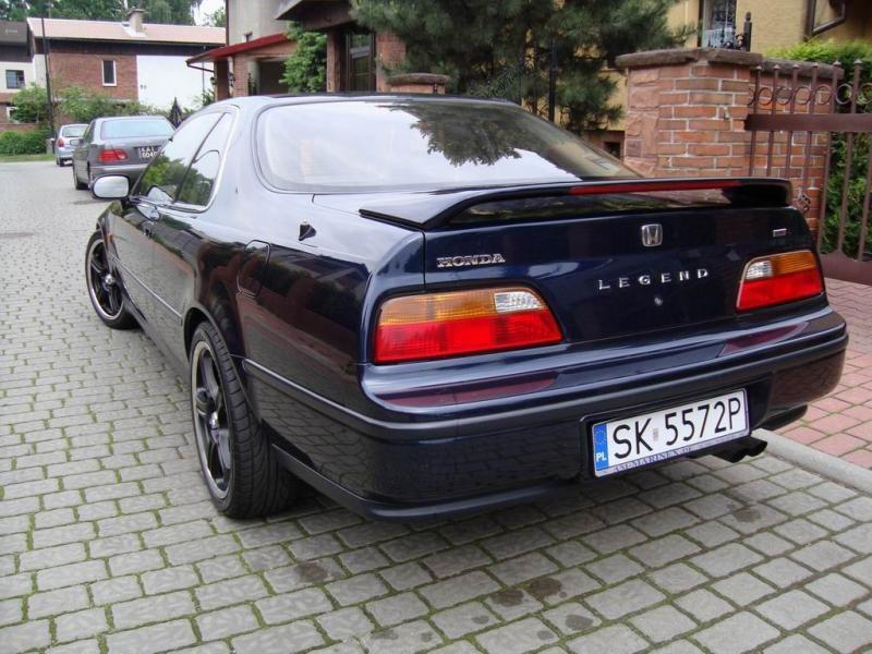 Синий Honda Legend Coupe вид сзади
