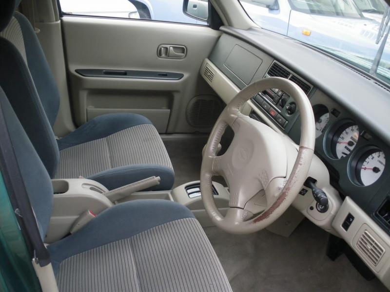 Салон, руль, кпп Nissan Rasheen