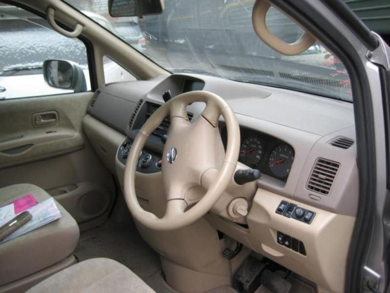 Руль, бежевый салон Nissan Serena