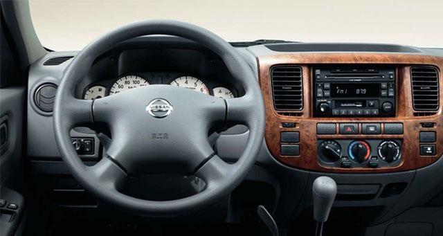 Руль, кпп, консоль Nissan Urvan
