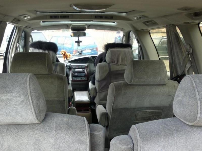 Интерьер Nissan Homy Elgrand