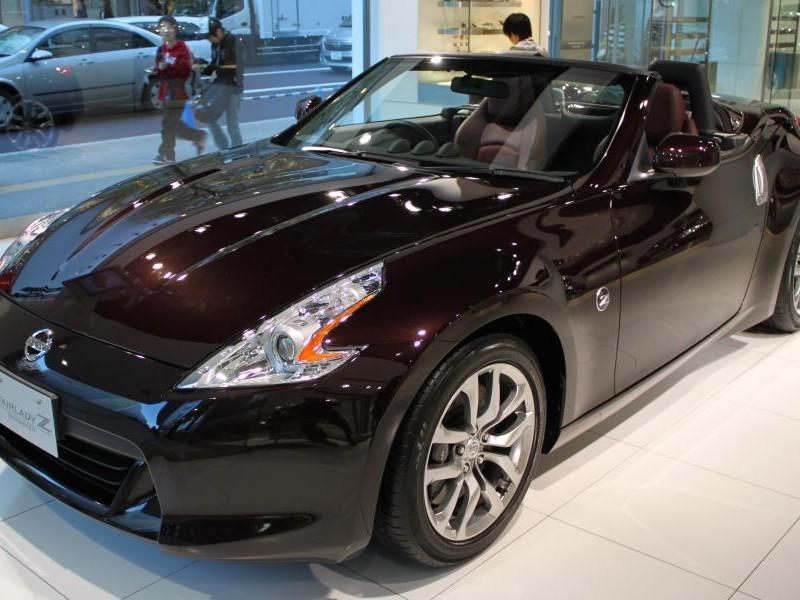 Кабриолет Nissan Fairlady Z