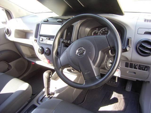 Руль, кпп, консоль Nissan  AD Expert