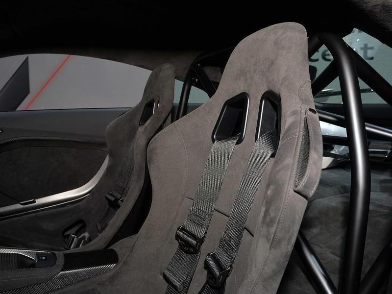 Салон Концепта Audi TT quattro sport
