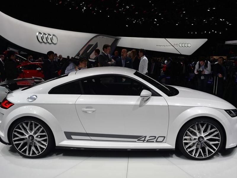 Концепт Audi TT quattro sport: вид с правого бока