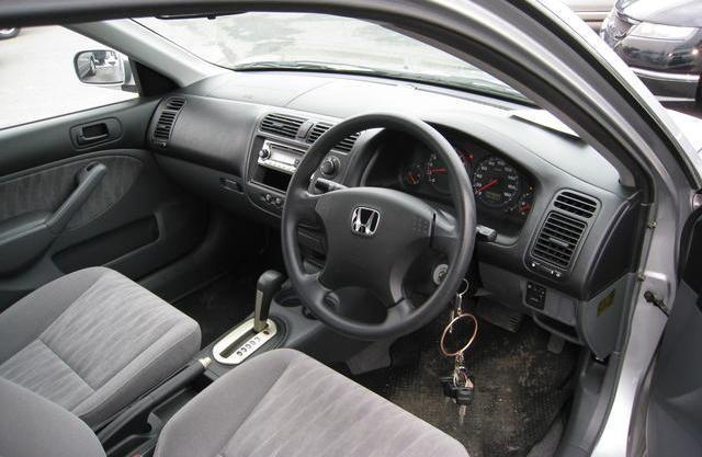 Интерьер Honda Civic Ferio