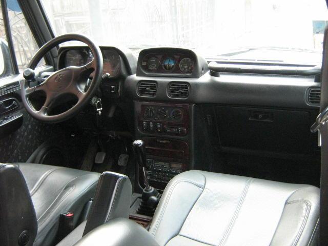 Интерьер Hyundai Galloper