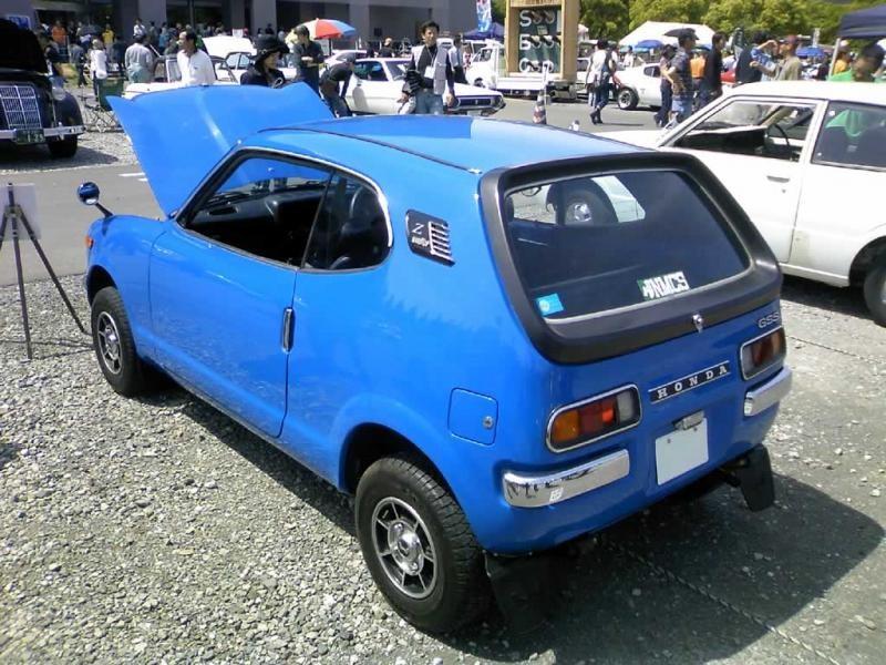 Синий Honda Z вид сзади