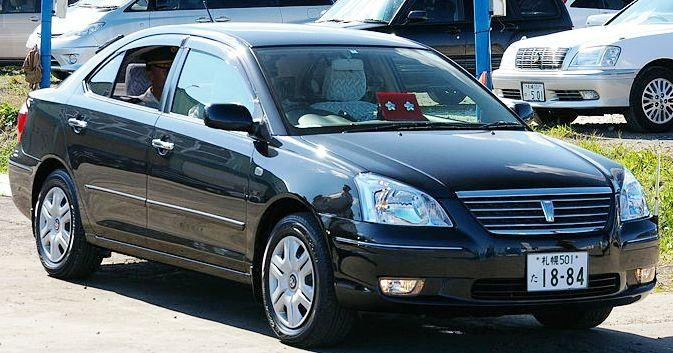 Черный седан Toyota Corona Premio