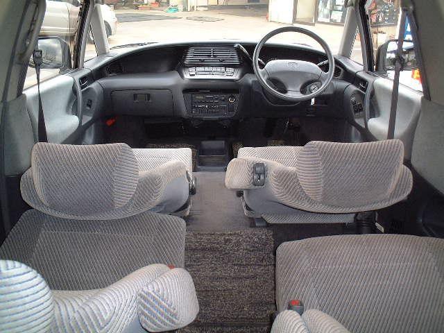 Салон Toyota Estima Lucida