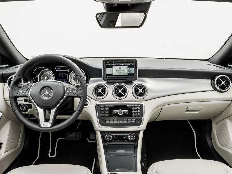 Руль, консоль, приборная панель Mercedes CLA 2014