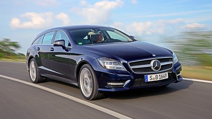 Синий Mercedes CLS-Class Shooting Brale 2014 вид спереди