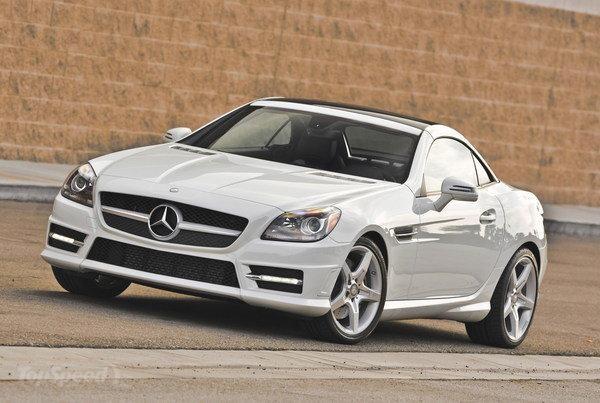 Белый Mercedes SLK-Class 2014