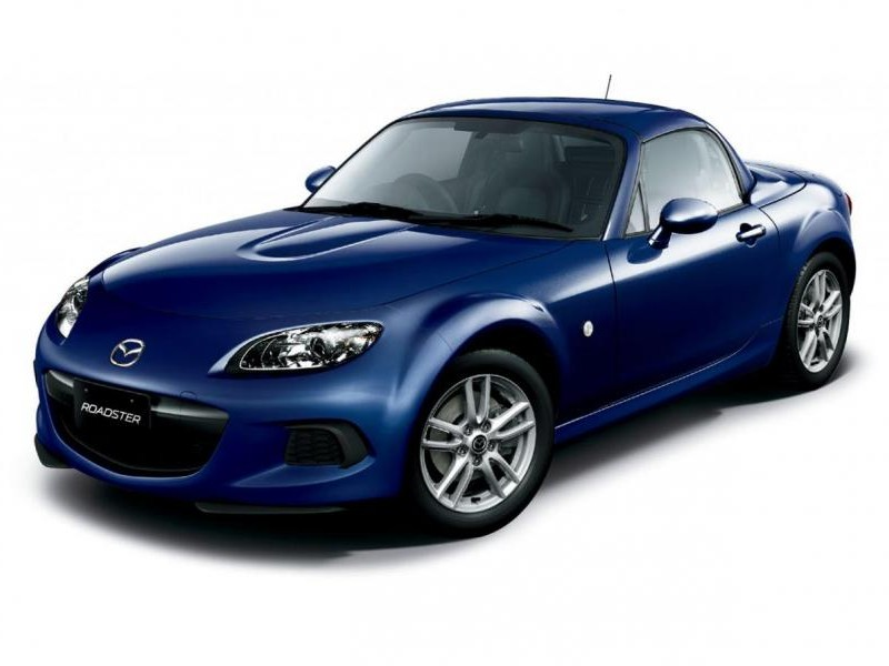 Синий Mazda MX-5 2013