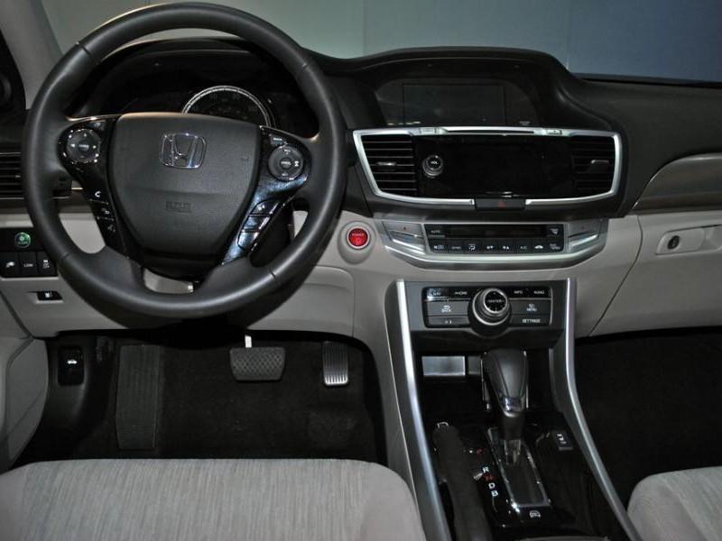 Салон, руль, коробка передач Honda Accord 2014