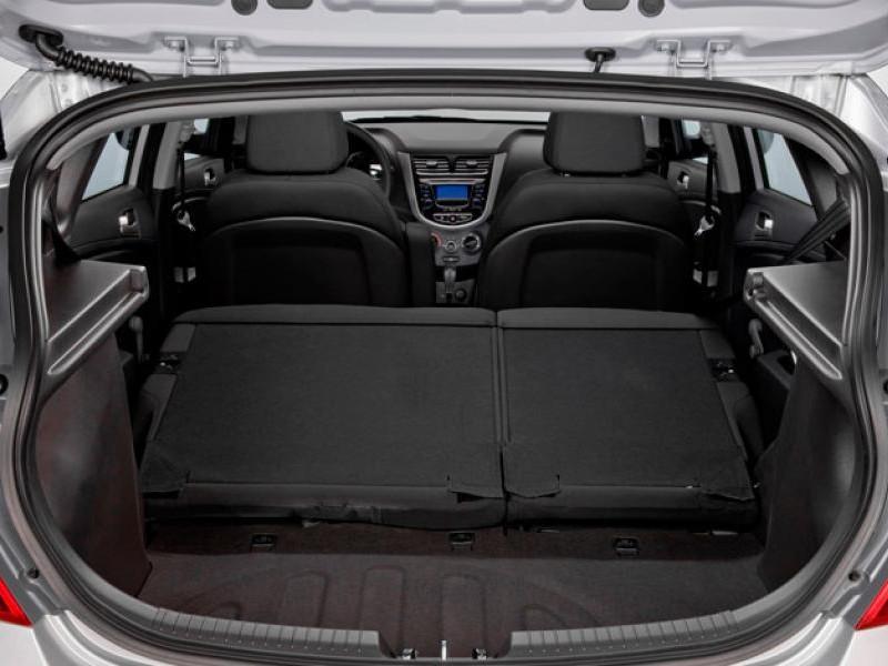 Багажник Hyundai Solaris 2014