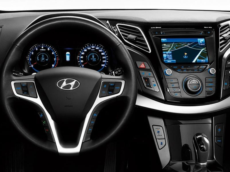 Консоль, руль, коробка передач Hyundai i40 универсал