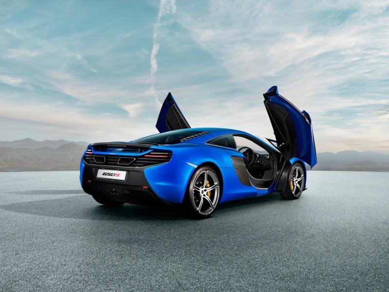 Синий McLaren 650S Coupe 2014