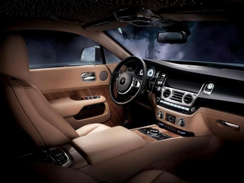 Бежевый салон Rolls-Royce Wraith