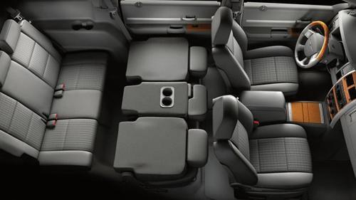 Интерьер Chrysler Aspen