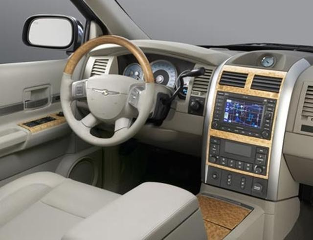 Руль, консоль, салон Chrysler Aspen