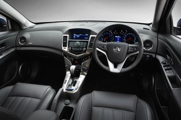 Черный салон, консоль Holden Sportwagon