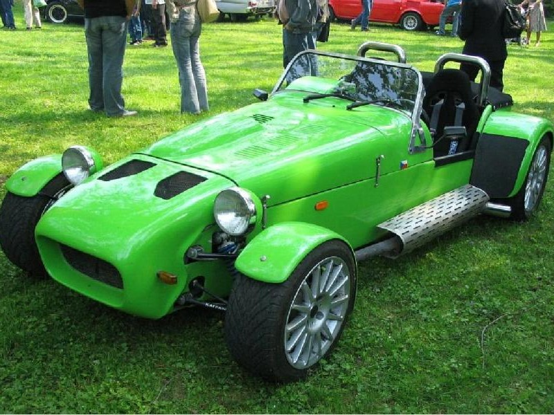 Зеленый родстер Kaipan 57