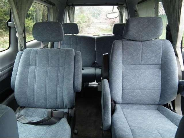 Салон Daihatsu Delta Wagon