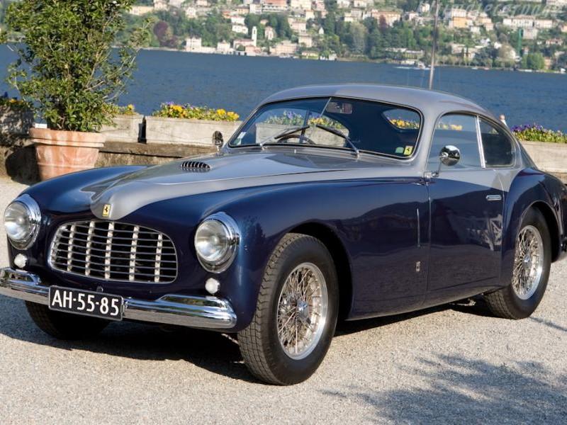 Синий купе Ferrari 166 Inter