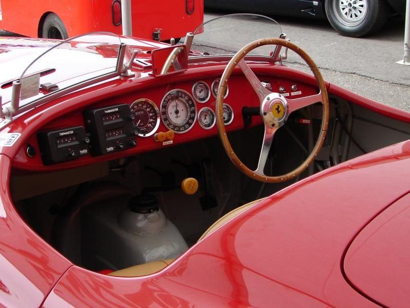 Руль, приборная панель Ferrari 166 MM