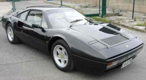 Черный купе Ferrari 328 GTB