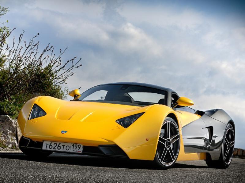 Желтый купе Marussia B1