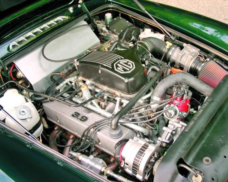 Двигатель MG RV8