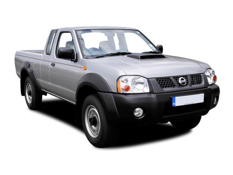 Серебристый Nissan Pickup