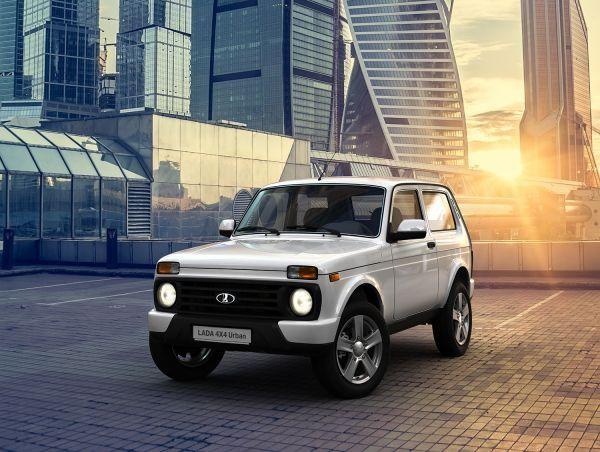 Lada Urban 4x4 вид спереди