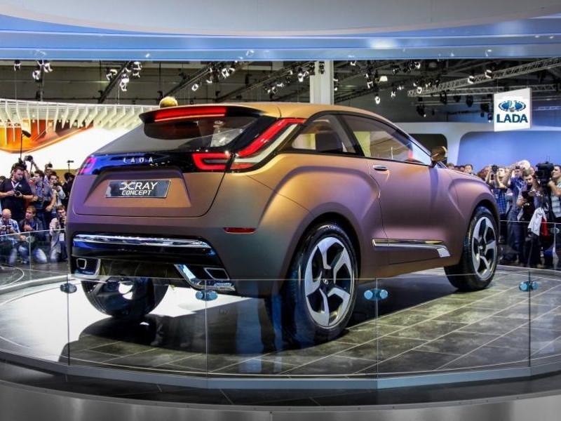 Концепт Lada XRay вид сзади