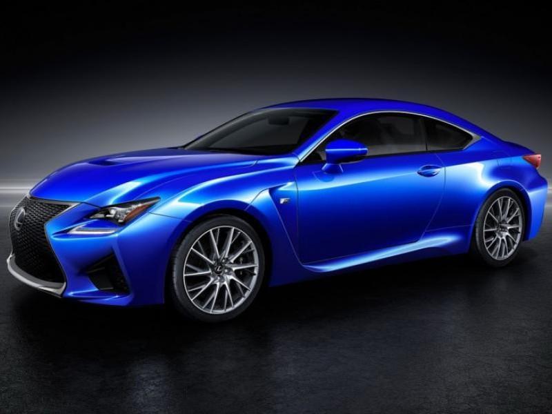 Синий купе Lexus RC F Coupe вид сбоку