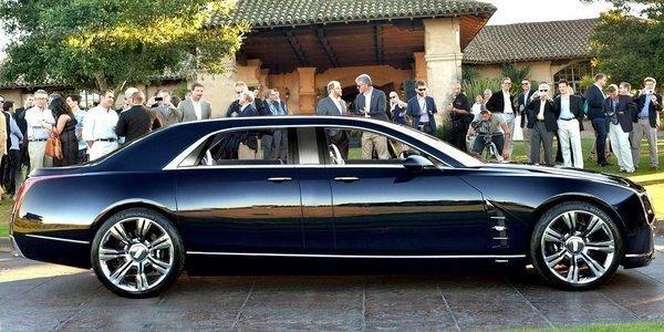 Седан Cadillac CT6 вид сбоку