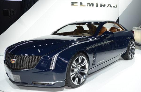 Темно-синий Cadillac CT6