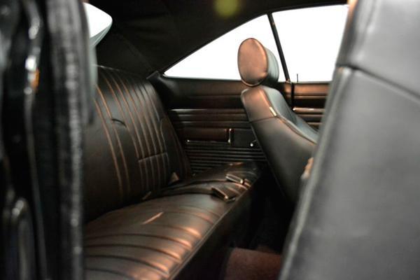 Интерьер Dodge Charger RT 1968