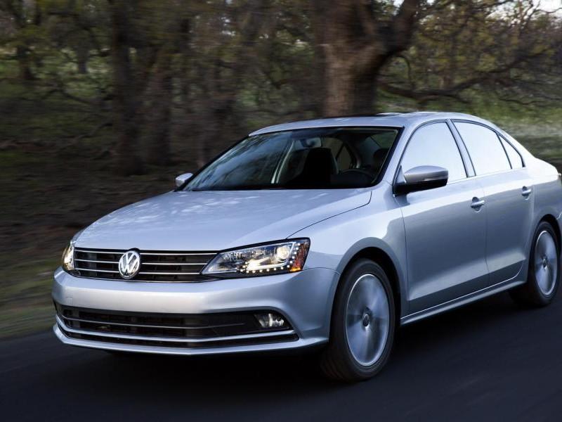 Седан Volkswagen Jetta 2015