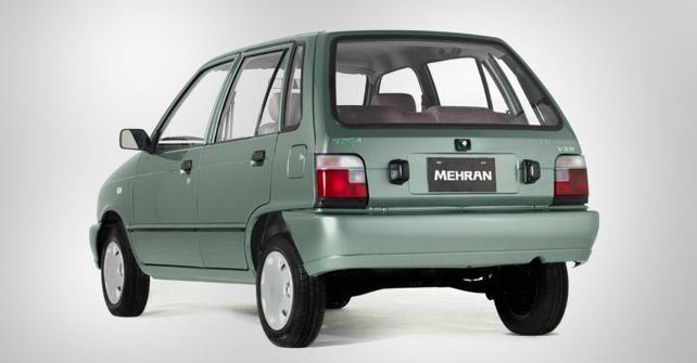 Хэтчбек Suzuki Mehran вид сзади