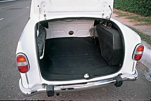 Багажник Hindustan Ambassador