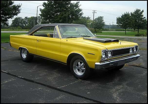 Желтый Plymouth Belvedere 1967