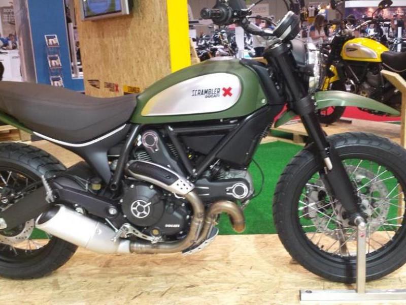 Мотоцикл Ducati Scrambler Urban Enduro 2015, вид сбоку